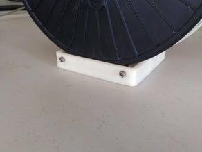 Minimalistic spool roller.