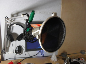 Pop filter/Wind screen (with optional GoPro mount)