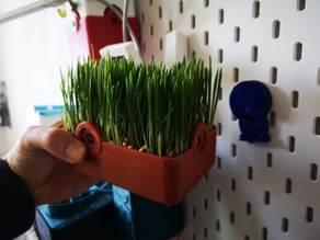 Hydroponic Microgreens Garden / Kresse Planter / Xoodo
