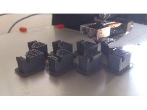 Bracket for printer cabin / Équerre pour cabine imprimante