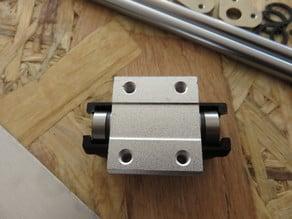 LM8LUU bearing clip