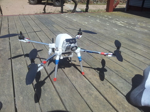 500mm quadcopter, fully enclosed, gopro mount built in, vibration dampened flight board, battery slide and hood