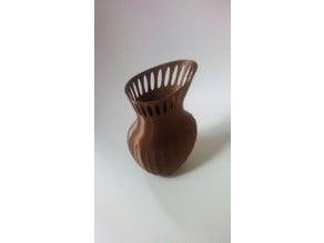 Simple Vase Twist