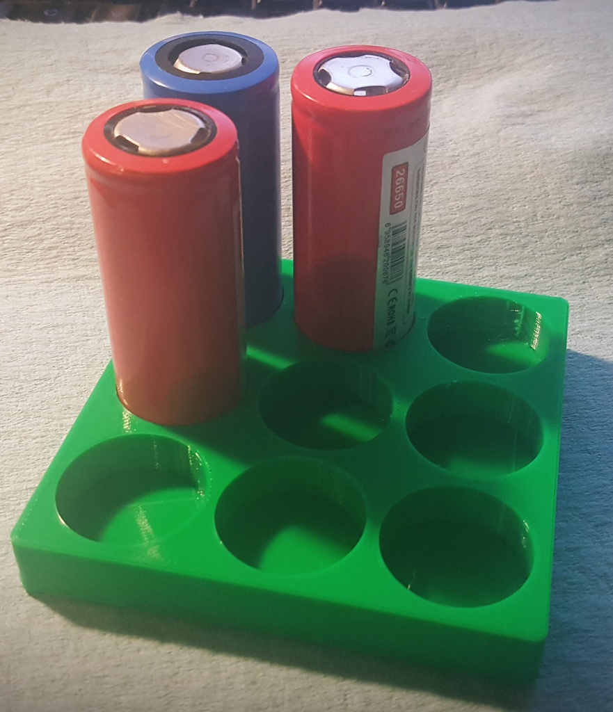 Simple 26650 Holder by dmpotter - Thingiverse