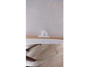 Canvas hanger