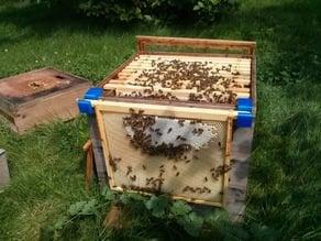 Bee hive frame hooks