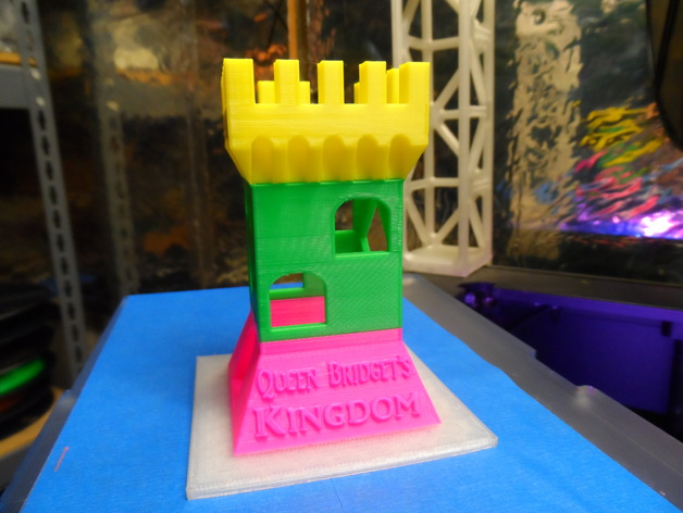 Aquarium castle by ukcat for 15 metrotech center 7th floor brooklyn ny 11201