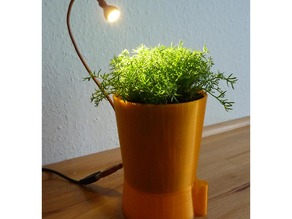Automatic Herb- or Flowerpot. Self-watering, led-lighted water-level indication and greenhous in one piece