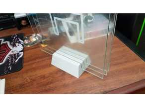 Support for three 3 and 4 mm thick glass.