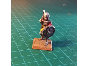 Soldier/Knight with axe 28mm (NO SUPPORTS)
