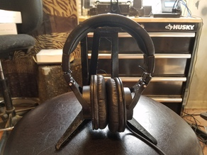 Headphone Stand Scaled