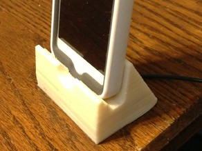 iPhone 5 Dock/Stand