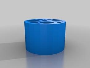 Plastic-saving pencil holder