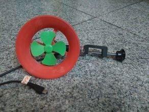 Portable wind generator
