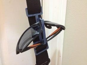 Sunglass clip for bag / purse