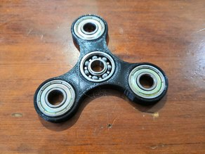 customizable Hand spinner for 608z (with FreeCAD file)
