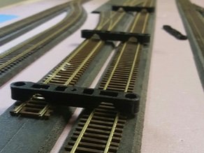 HO Scale Track Spacer