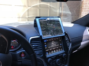 Ipad 9.7 with case holder brackets for Jeep Grand Cherokee wk2 2014 onwards