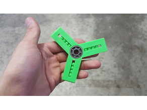 Moving Ball Fidget Spinner Large