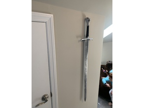 Long Claw Minimal Wall Mount