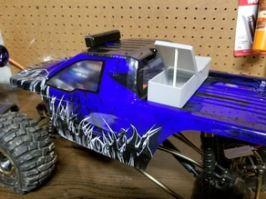 Truck toolbox for 1/10 scale RC