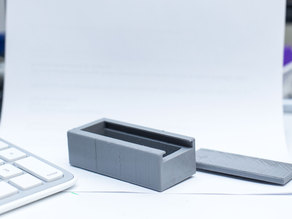 USB box with lid