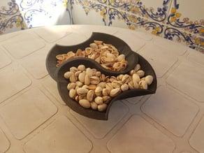 Shell separator bowl