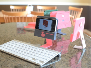 """iPhone 5C """"All-In-One"""" Stand"""