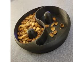 Yin&Yang nut bowl by mcdesign