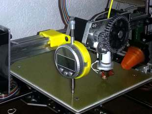 Printbed and z-axis calibrating tool for the K8200
