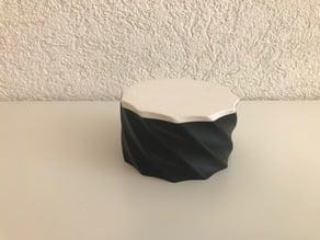 Twist Container