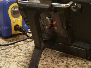 RC Transmitter stand, tool-less quick release