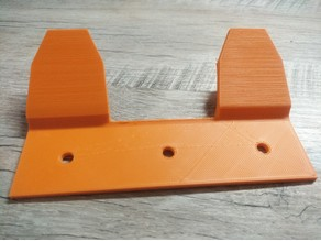 Calf feeding bucket bracket