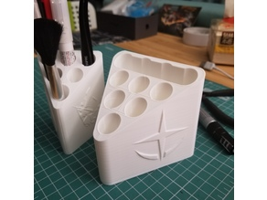 Gundam Tool Holder Vase Mode