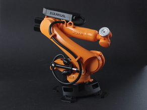 KUKA KR150 industrial robot scale model