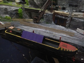 Goods Longboat Barge 00 scale