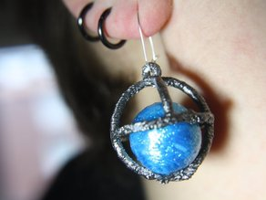 Daily earring #9: Ball-Cage! (Meteor metal)