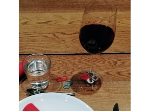Wine glass tags, chess theme