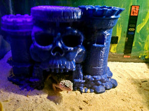 Castle Grayskull critter hide with removable top