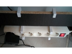 Support prise multiple / power strip mounting