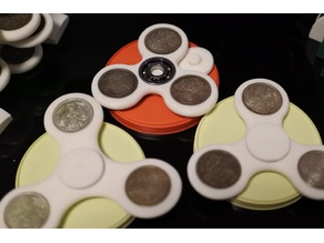 10 Yen copper coin (or 50 sen phoenix silver coin) finger spinner 608ver,