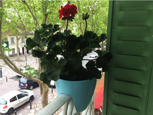 Plant Pot / Hanging Planter by Heliox - Thingiverse