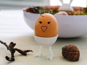 DIY Easter: Chicken Legs Egg Cup