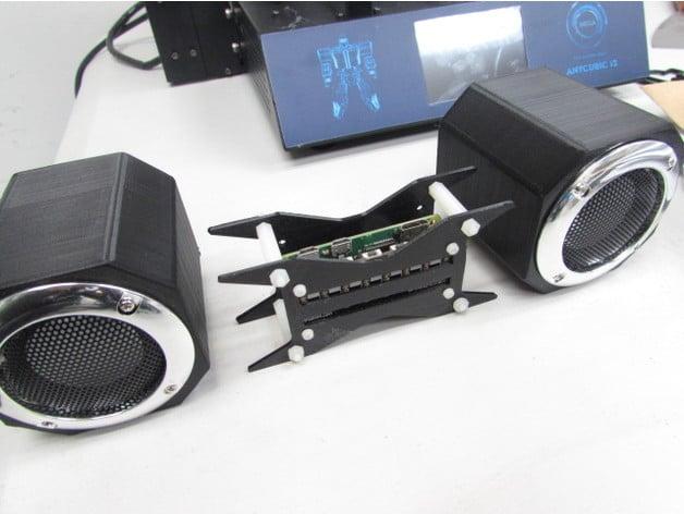 Raspberry Pi Zero W Mini HiFi System (pHAT BEAT Solution) by KenIp