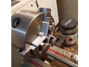 Lathe chuck depth stop