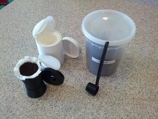 Reusable Keurig Cup /w Filling Stand & Coffee Scoop