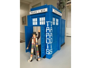 BLACKPOOL DR WHO EXHIBITION ENTRANCE TARDIS 1982