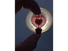 Voronoi Heart Pendant with Cupcake Base