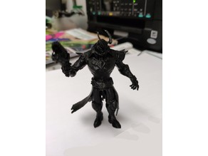 Androxus figure from Paladins