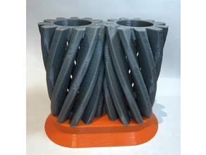 Helical Gear Pencil Holder (remix)